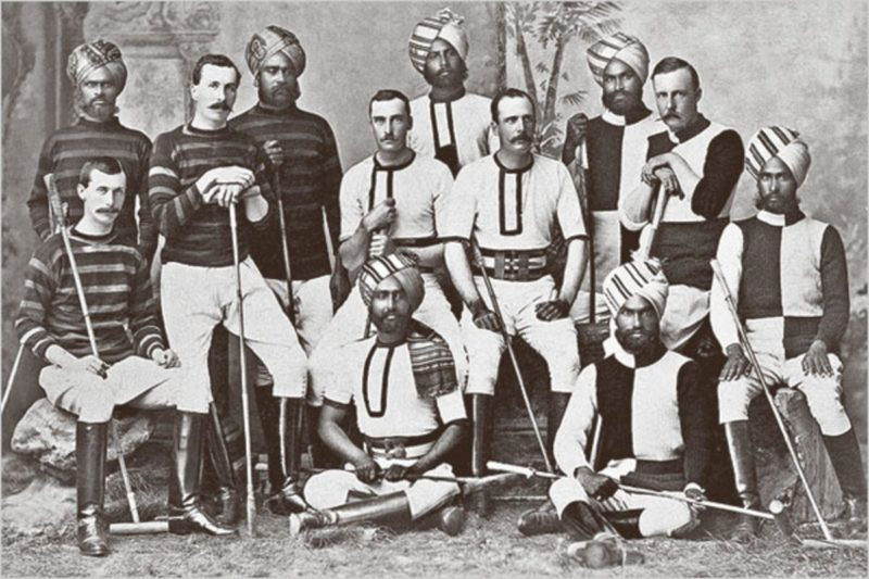 A British Army polo team in Hyderabad, India, early 1900's. (photosofwar.net)